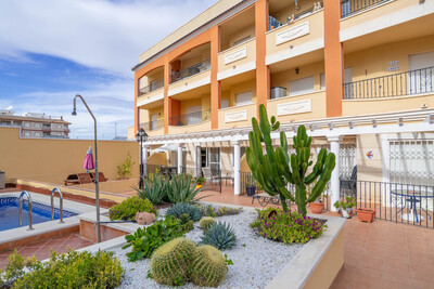 For Sale: Apartment in Algorfa Beds: 2 Baths: 2 Price: 79,999€