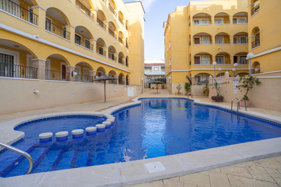 For Sale: Apartment in Algorfa Beds: 2 Baths: 1 Price: 79,995€