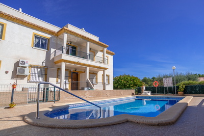 For Sale: Bungalow in Algorfa Beds: 2 Baths: 1 Price: 69,995€